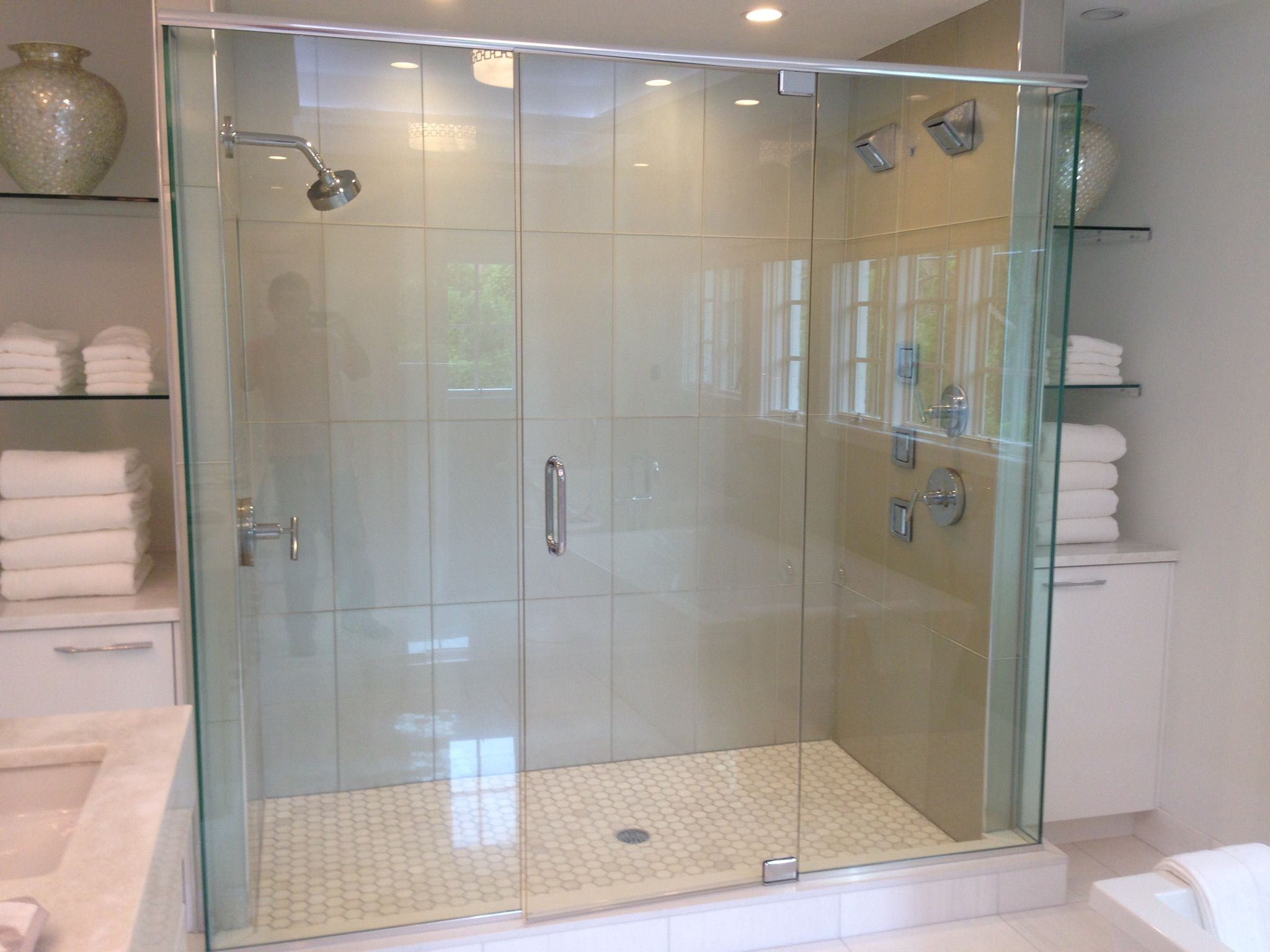 His And Hers Shower With Images Alcove Bathtub