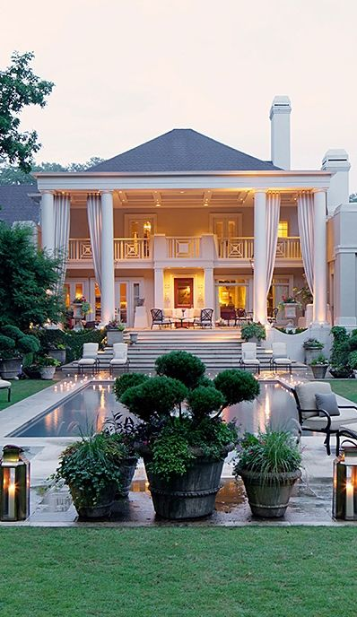 Pin By Dani Thomas On For The Home Luxury Homes House Design Beautiful Homes
