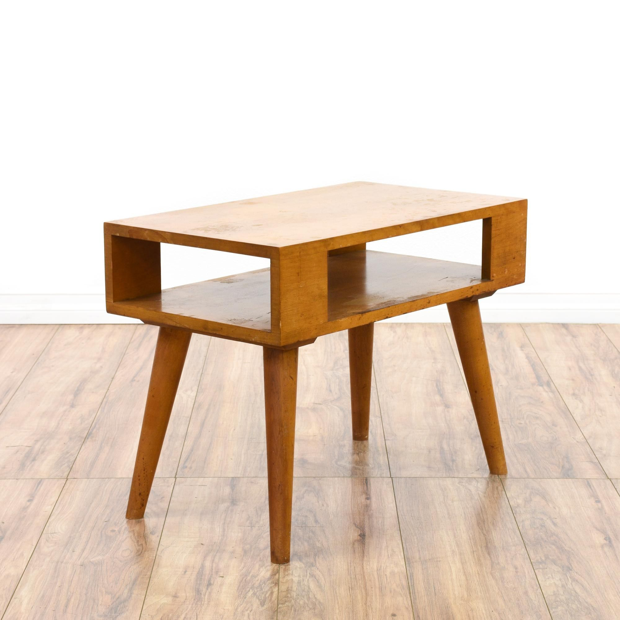 Mid Century Modern Light Wood End Table With Images Modern End