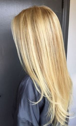 Natural Looking Blonde Highlights Golden Blonde Hair Color