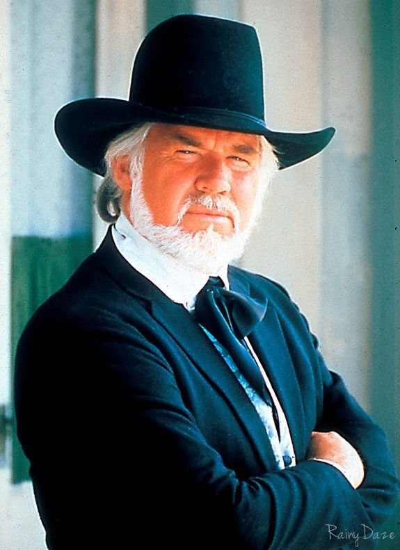 Kenny Rogers- when he looked like Kenny. Saw him in Brandon b3ad5e10825