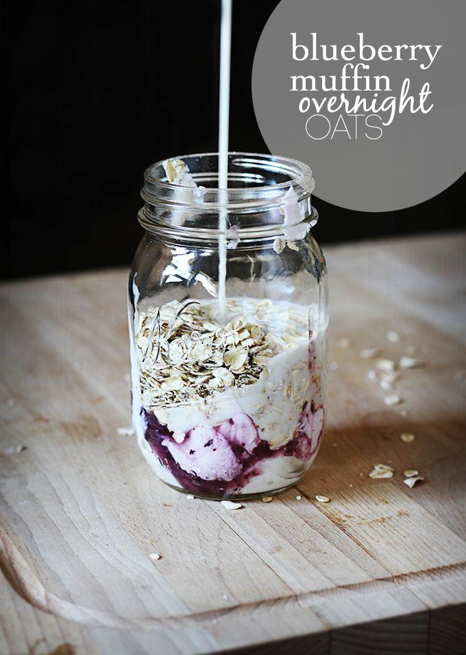 Blueberry Muffin Overnight Oats via Creme de la Crumb #healthy #prepday