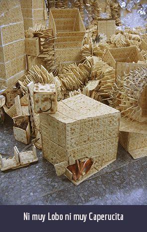 NI MUY LOBO NI MUY CAPERUCITA. 800 PAQUETES DE GALLETAS DE SODA. Obra de los artistas plásticos cubanos contemporáneos Yeny Casanueva García y Alejandro Gonzáalez Dáaz, PINTORES CUBANOS CONTEMPORÁNEOS, CUBAN CONTEMPORARY PAINTERS, ARTISTAS DE LA PLÁSTICA CUBANA, CUBAN PLASTIC ARTISTS , ARTISTAS CUBANOS CONTEMPORÁNEOS, CUBAN CONTEMPORARY ARTISTS, ARTE PROCESUAL, PROCESUAL ART, ARTISTAS PLÁSTICOS CUBANOS, CUBAN ARTISTS, MERCADO DEL ARTE, THE ART MARKET, ARTE CONCEPTUAL, CONCEPTUAL ART, ARTE SOCIOLÓGICO, SOCIOLOGICAL ART, ESCULTORES CUBANOS, CUBAN SCULPTORS, VIDEO-ART CUBANO, CONCEPTUALISMO  CUBANO, CUBAN CONCEPTUALISM, ARTISTAS CUBANOS EN LA HABANA, ARTISTAS CUBANOS EN CHICAGO, ARTISTAS CUBANOS FAMOSOS, FAMOUS CUBAN ARTISTS, ARTISTAS CUBANOS EN MIAMI, ARTISTAS CUBANOS EN NUEVA YORK, ARTISTAS CUBANOS EN MIAMI, ARTISTAS CUBANOS EN BARCELONA, PINTURA CUBANA ACTUAL, ESCULTURA CUBANA ACTUAL, BIENAL DE LA HABANA, Procesual-Art un proyecto de arte cubano contemporáneo. Por los artistas plásticos cubanos contemporáneos Yeny Casanueva García y Alejandro Gonzalez Díaz. www.procesual.com, www.yenycasanueva.com, www.alejandrogonzalez.org