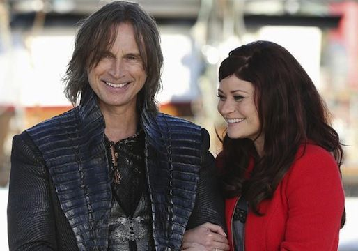Robert Carlyle and Emilie de Ravin Great actors and very nice people! Description from pinterest.com. I searched for this on bing.com/images