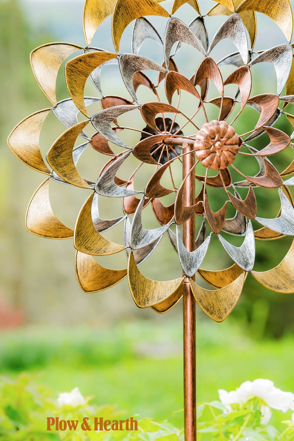 Precious Metals Wind Spinner In 2020 Wind Spinners Metal Wind Spinners Strange Flowers