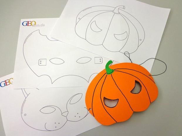 Halloweenmasken basteln: Vorlagen & Anleitung