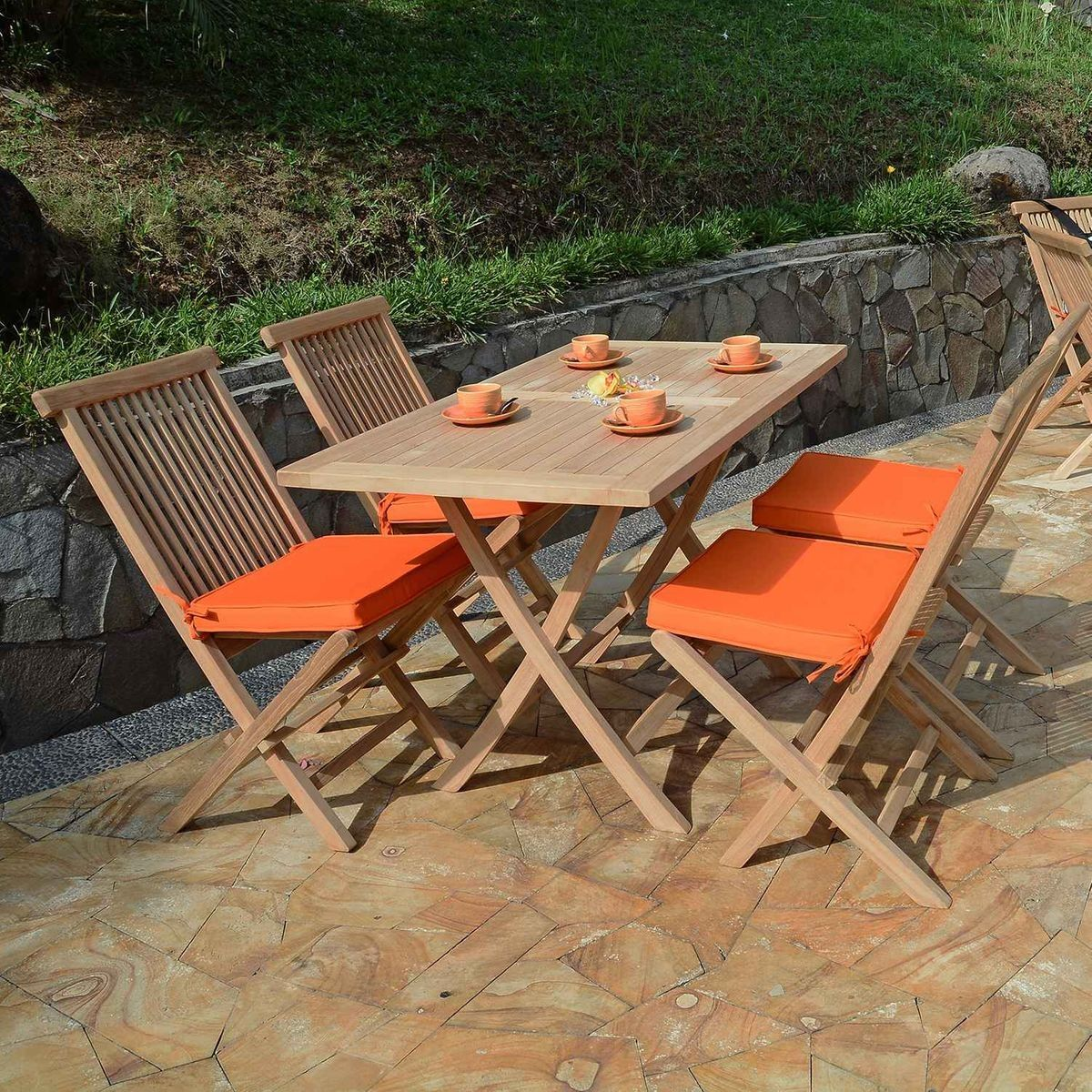 Salon de jardin en teck Ecograde Makassar, table pliante ...