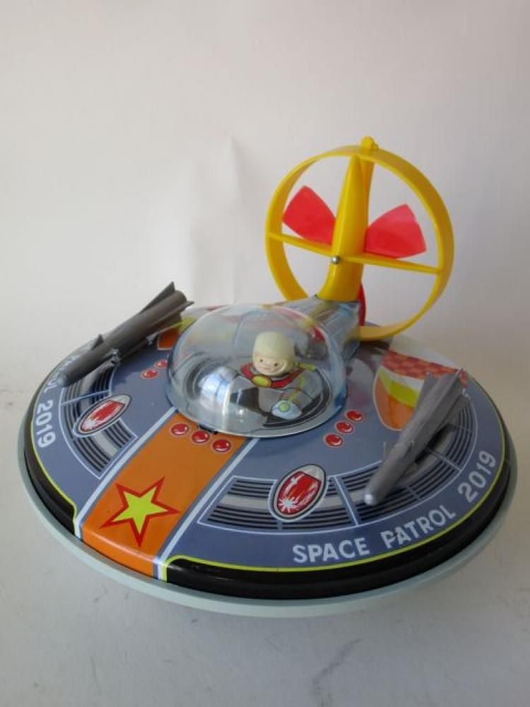 Battery operated 'Flying Saucer' YONEZAWA in box : propeller yellow with red #MiddelburgsVeilinghuis