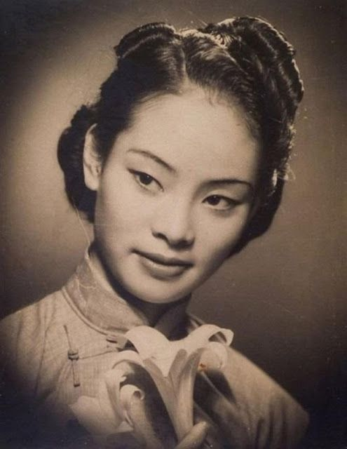 Vintage Everyday Shanghai Studio Portraits 1920s Vintage Portraits Photography Old Portraits Vintage Portraits