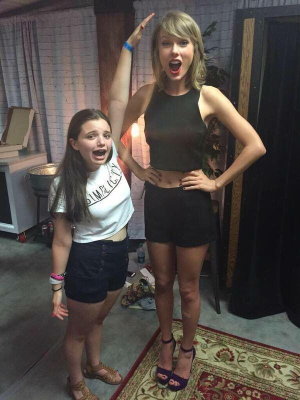 Taylor Swift Loft 89 Photos Of Taylor Swift Taylor Swift Legs Taylor Swift Hot