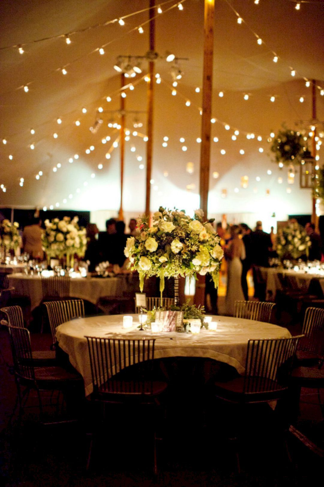 25 Incredible Wedding Lighting Decoration Ideas On A Budget