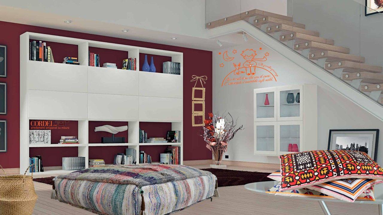 Photo of Parete soggiorno personalizzata laccata bianca