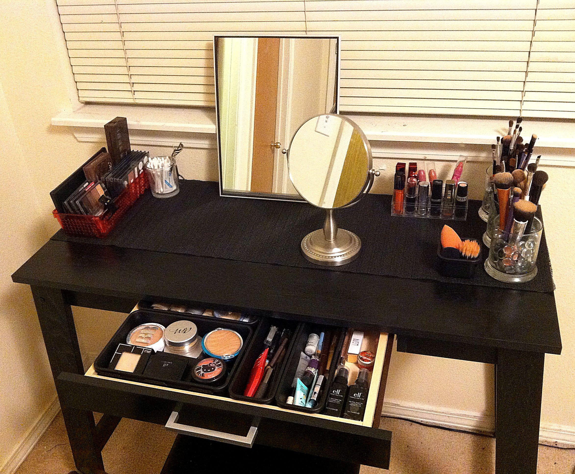 DIY Makeup or Vanity Table Under 100 Diy vanity mirror