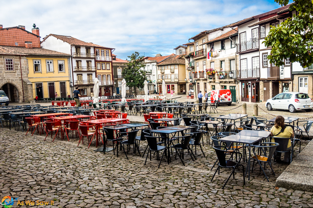 What makes Guimaraes so special? #narrowbalcony Olive Square - note the narrow balconies on the 16 and 17C houses.   Guimaraes, Portugal #narrowbalcony What makes Guimaraes so special? #narrowbalcony Olive Square - note the narrow balconies on the 16 and 17C houses.   Guimaraes, Portugal #narrowbalcony