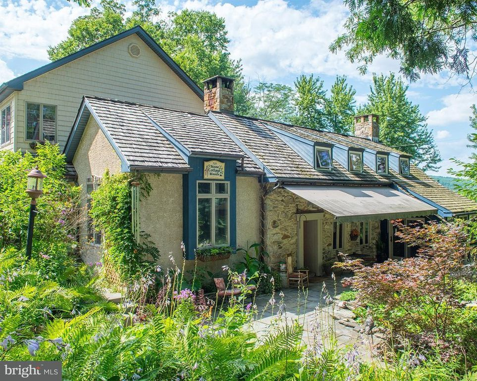 325 Stouts Valley Rd, Easton, PA 18042 | wonderful old homes