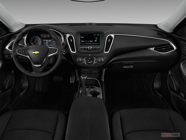 2017 Chevrolet Malibu Pictures Front Seat U S News World