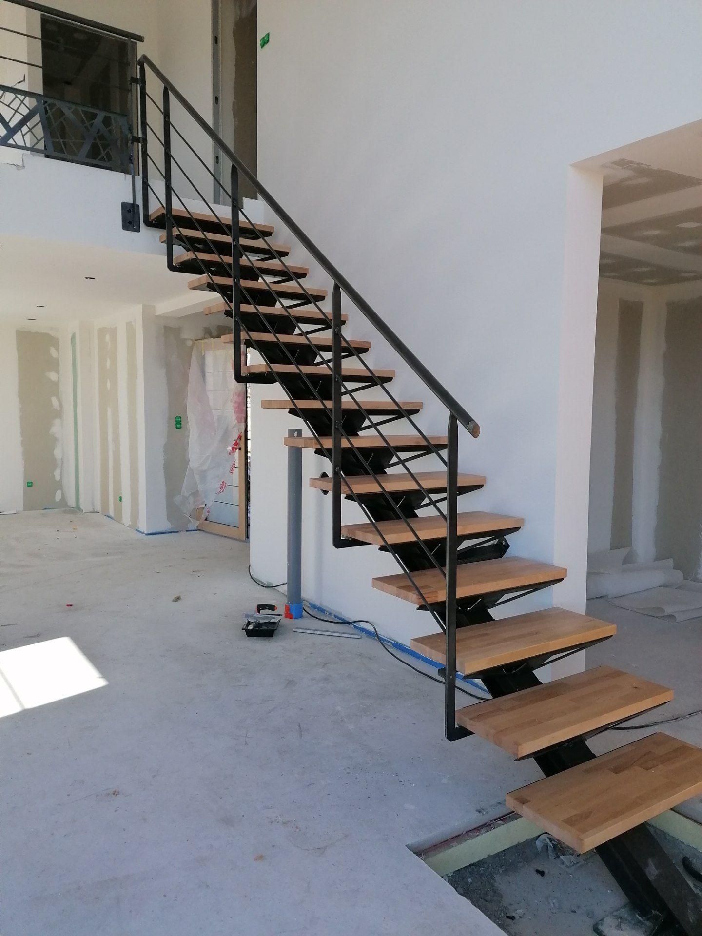 Epingle Sur Escaliers En Kit