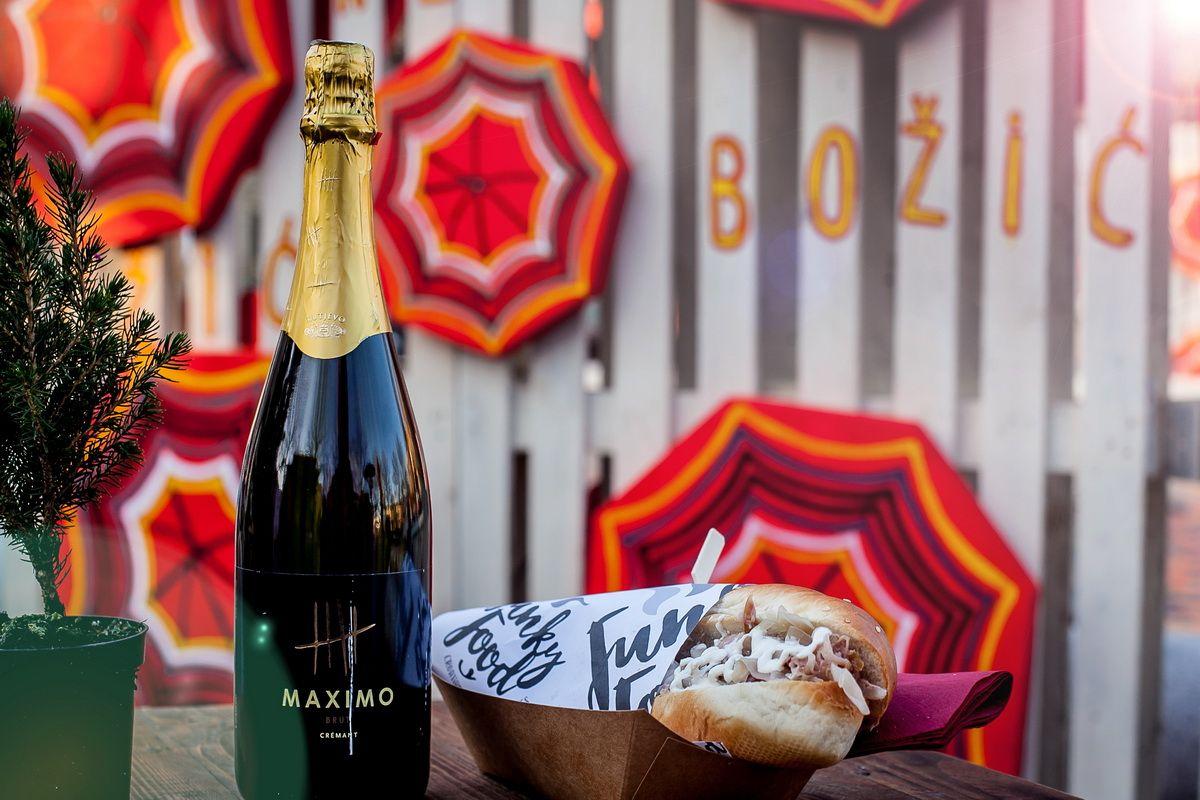 Street Food Slavonian Style A Hit At Advent In Zagreb Croatia Week Street Food Food Plums Brandy