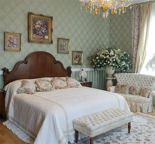 A Master Bedroom Designed In A Victorian Style Victorian Bedroom Master Bedroom Design Bedroom Design