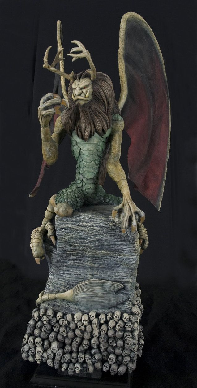 Piasa Dragon Figurine