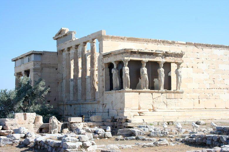 Lion + Maven | Visiting the Acropolis in Athens