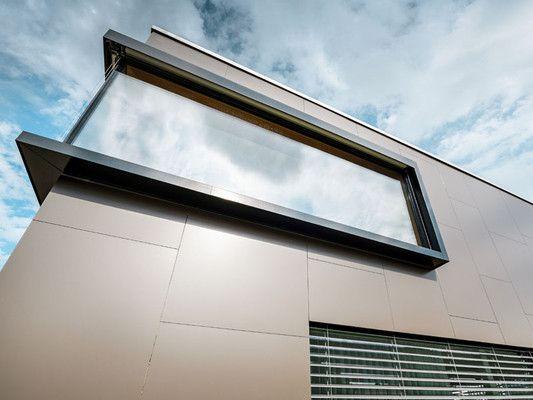 Fassade Mit Der Aluminium Verbundplatte In Bronze Modernes