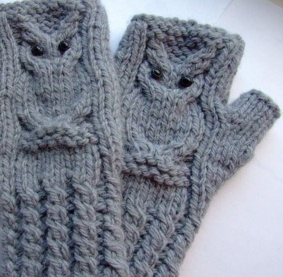 Owl fingerless gloves.