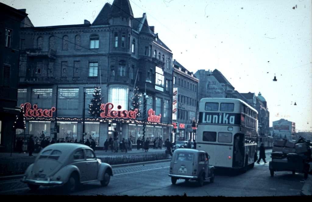 Die Schlossstrasse Richtung Rathaus Steglitz 1955 Berlin Geschichte