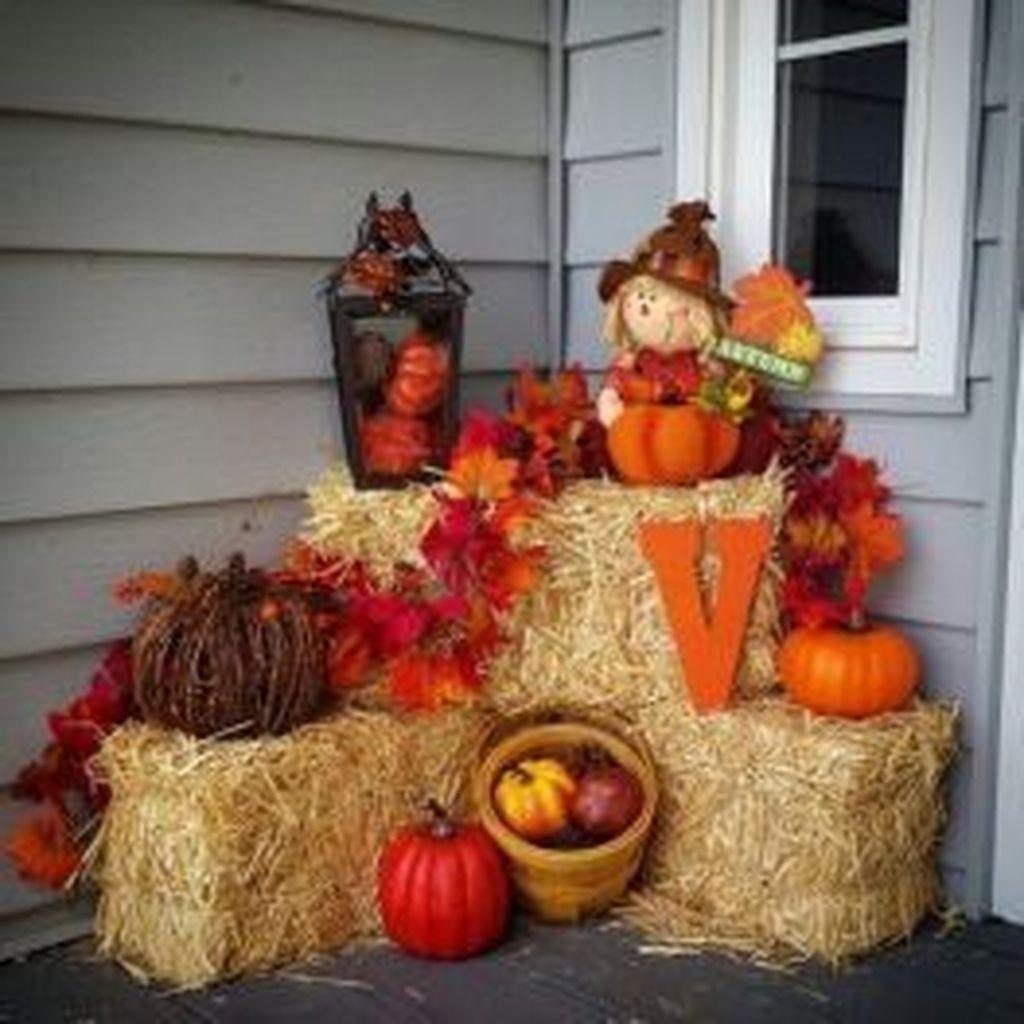 32 Lovely Outdoor Fall Theme Porch Decor Ideas Fall Outdoor Decor Fall Thanksgiving Decor Fall Decorations Porch