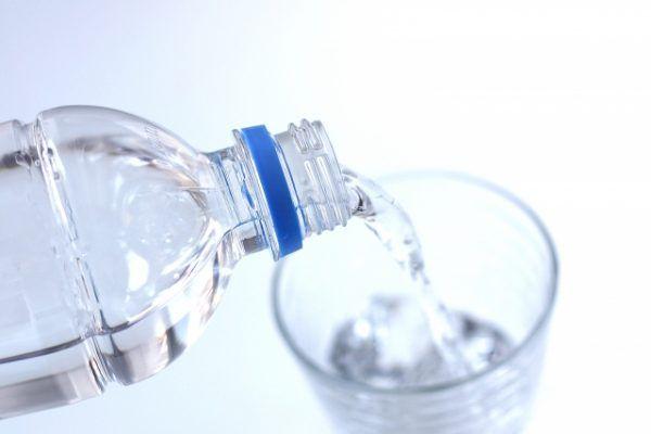 ダイエットや体調不良の改善にもこまめに水を飲むメリット3つ