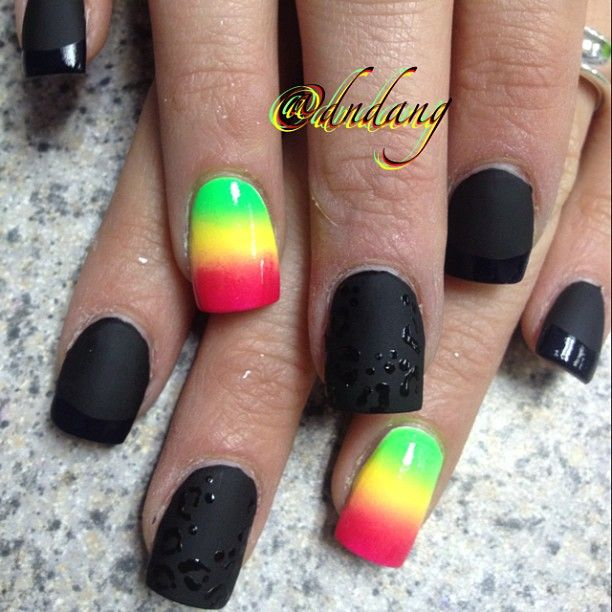 Matte Black with Shiny Black Leopard Rosettes and Shiny Black Tips with  Gradient Rasta Nail - Matte Black With Shiny Black Leopard Rosettes And Shiny Black Tips