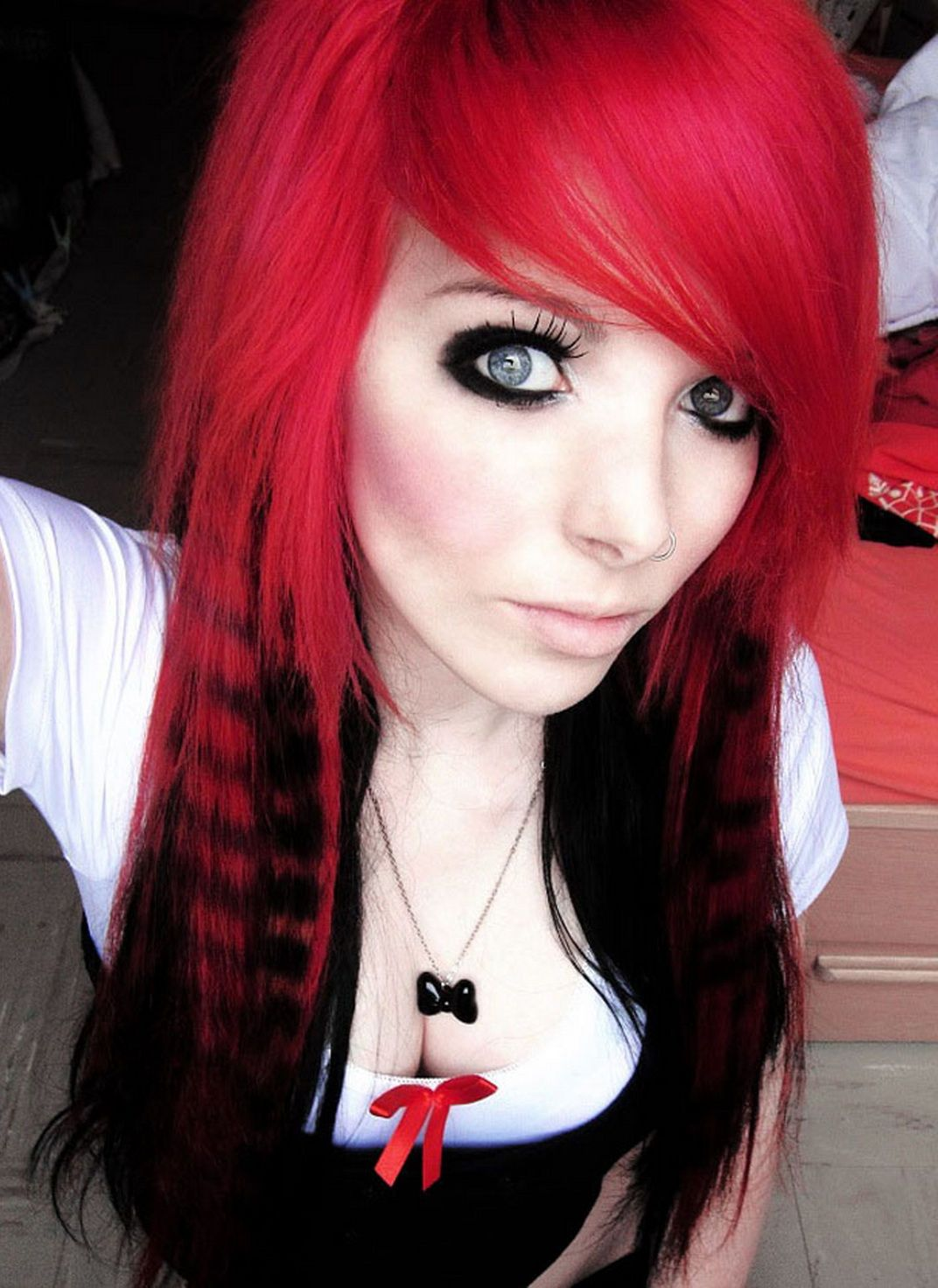 Sexy Cute Red And Black Emo Hairstyles Two Tone Hair Color Pictures