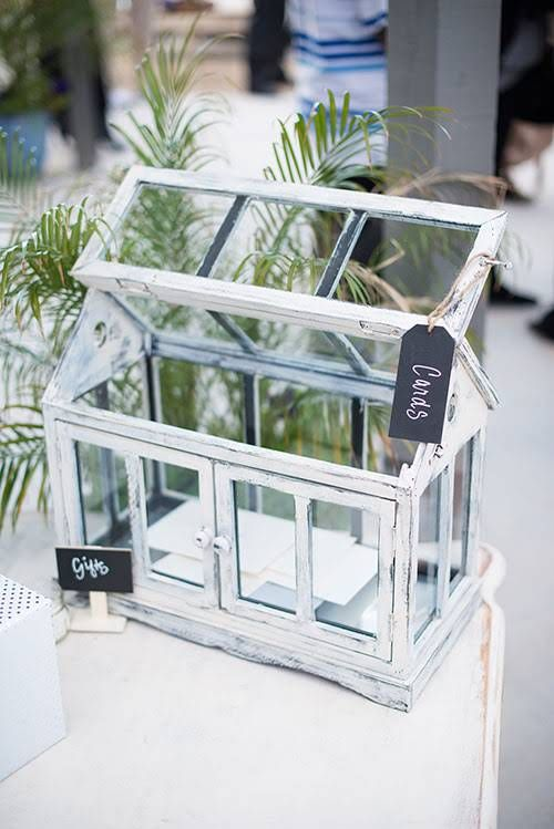 6 clever ideas for your wedding gift table pinterest wedding creative gift tables box charity maurer negle Image collections