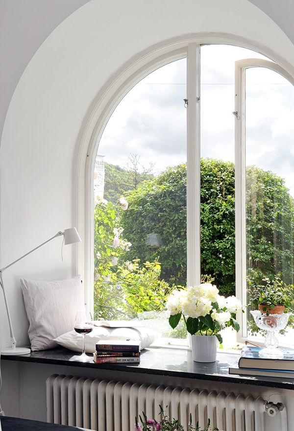 6 Ways To Decorate Dress Your Window Sills Home Window Seat Nook My Dream Home