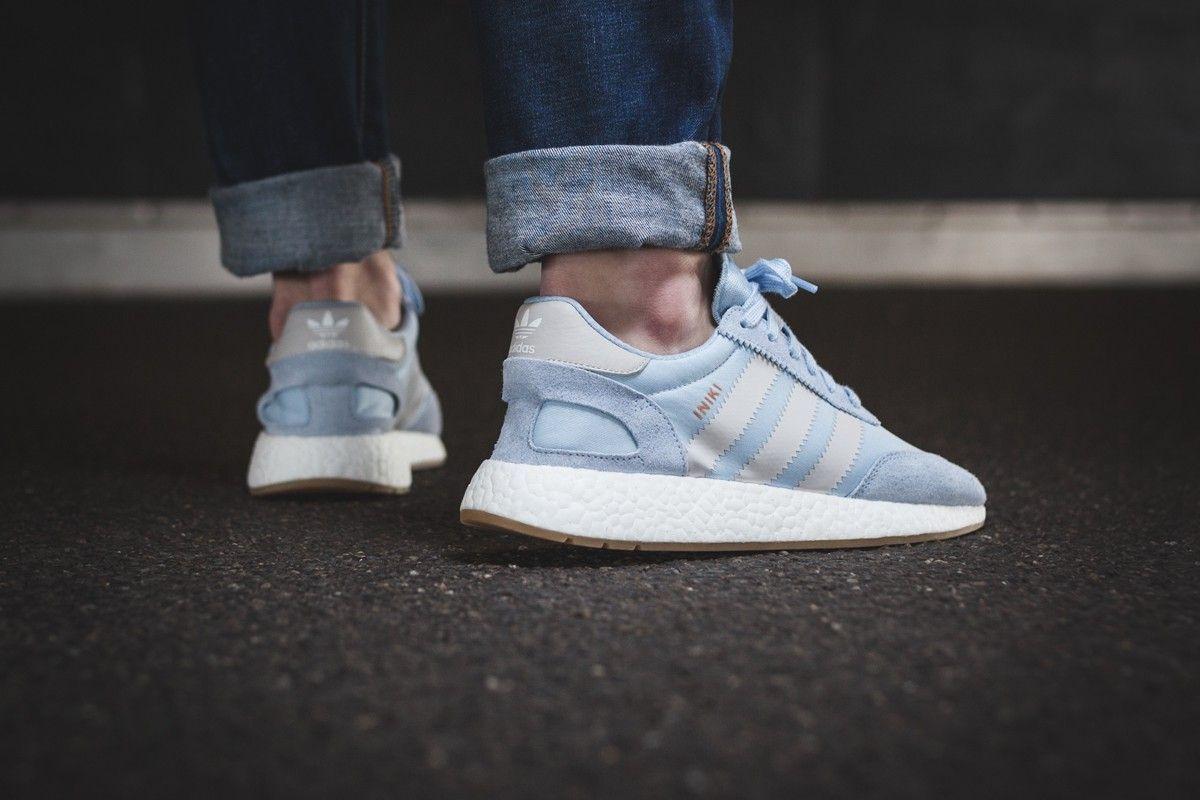 Adidas - Iniki Runner