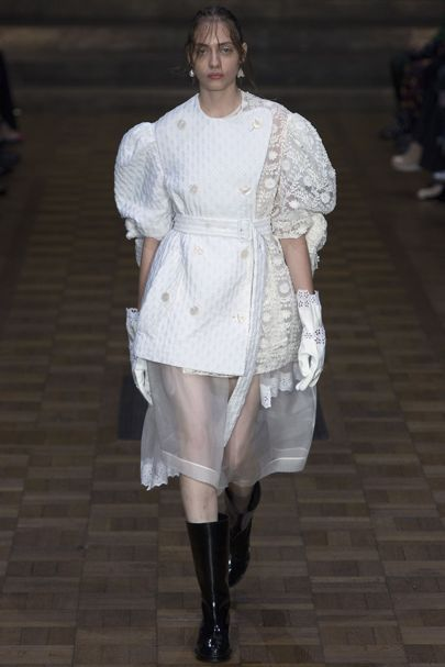 Simone Rocha London Spring/Summer 2017 Ready-To-Wear Collection | British Vogue