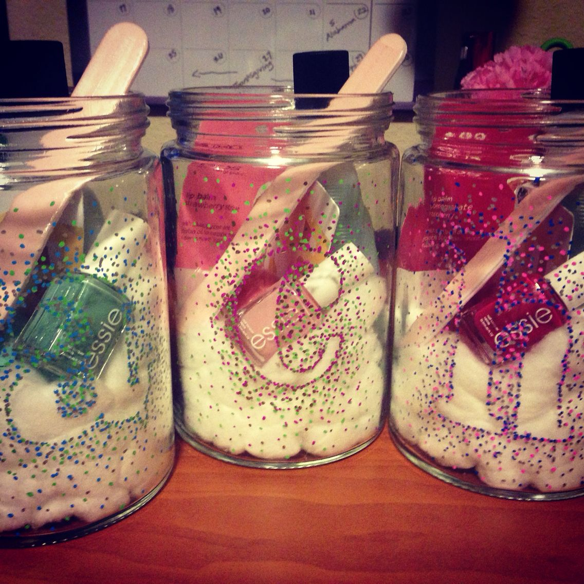 Christmas Gifts for Roommates! | Holidays | Pinterest | Roommate ...