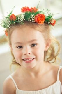 flower girl orange wreath