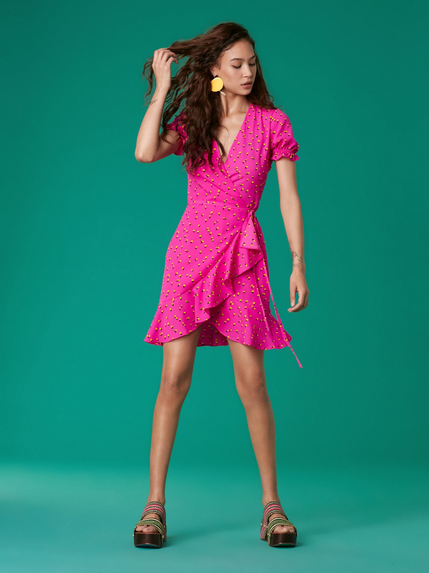 3b024e8430 Diane Von Furstenberg Dvf Short Sleeve Ruffle Wrap Dress - P Pink ...