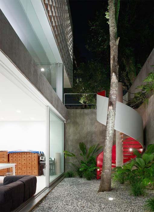 Sumaré House by Isay Weinfeld Arquitecto, São Paulo, Brasil. 2007.