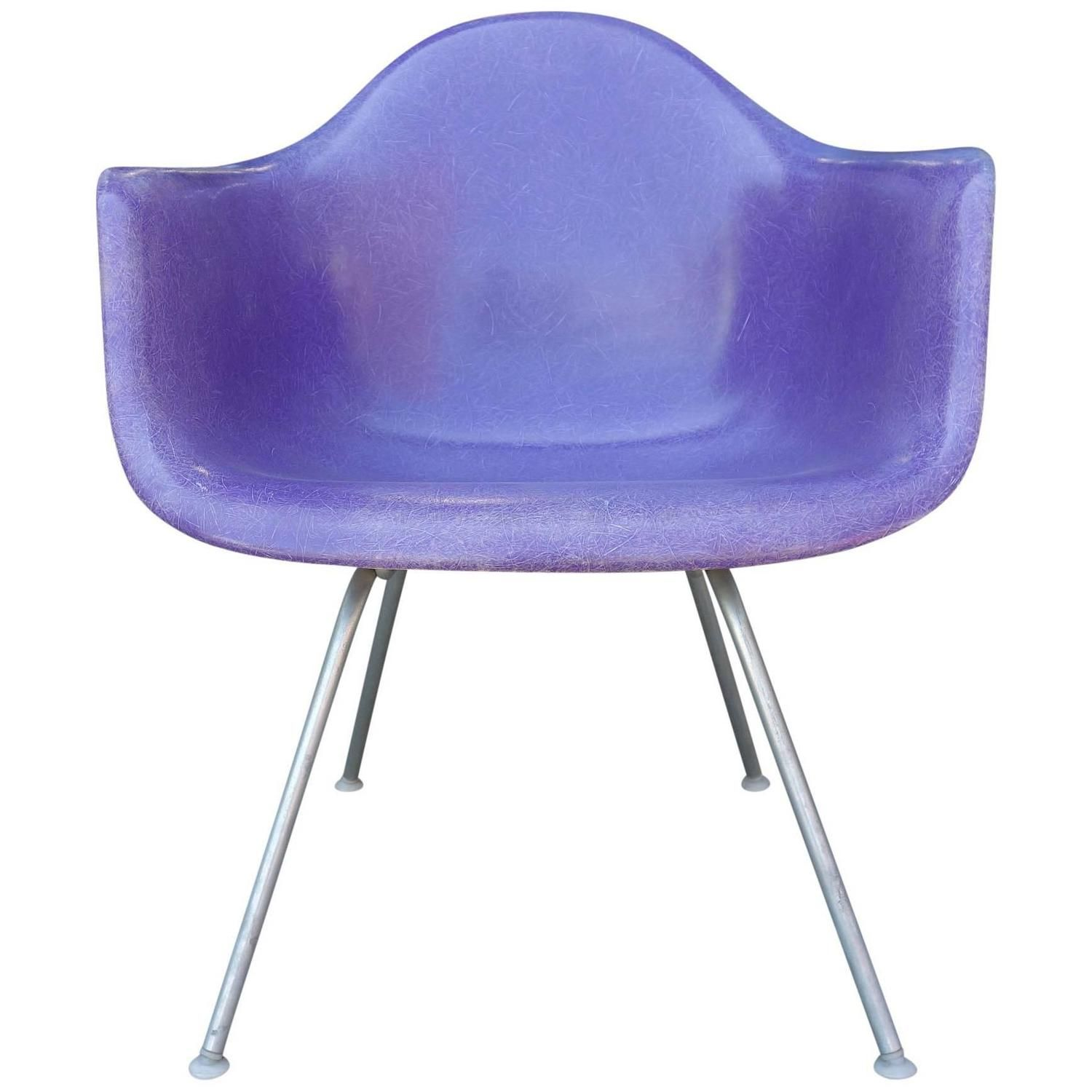 MidCentury Eames LAX Lounge Armchair in Rarest Purple