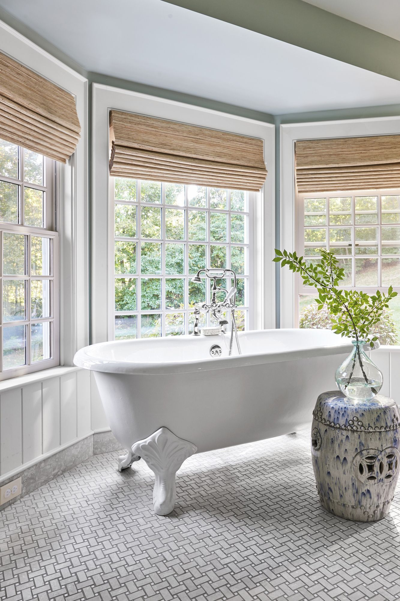 These Beautiful Bathroom Tile Ideas Will Make You Want To ...