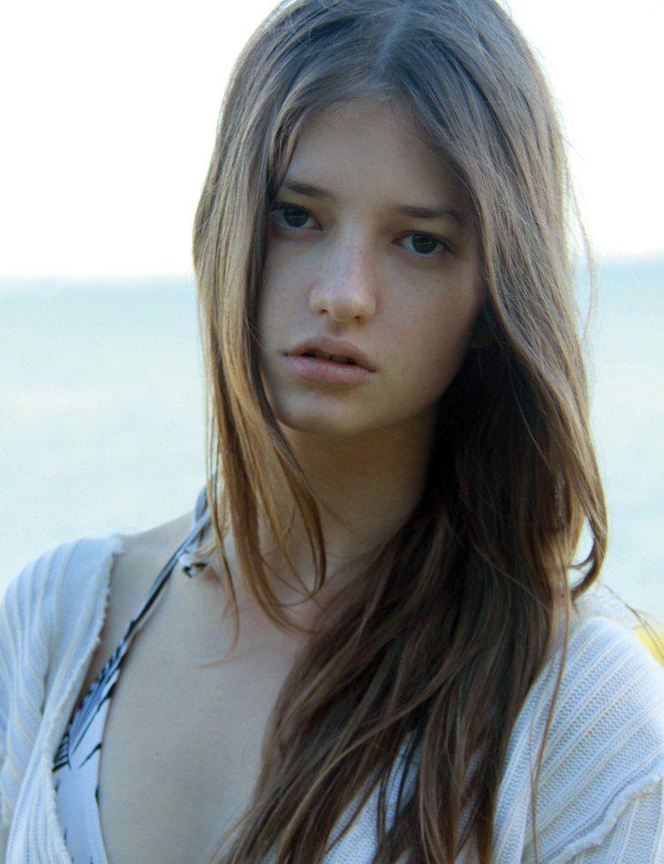Alicia Davis