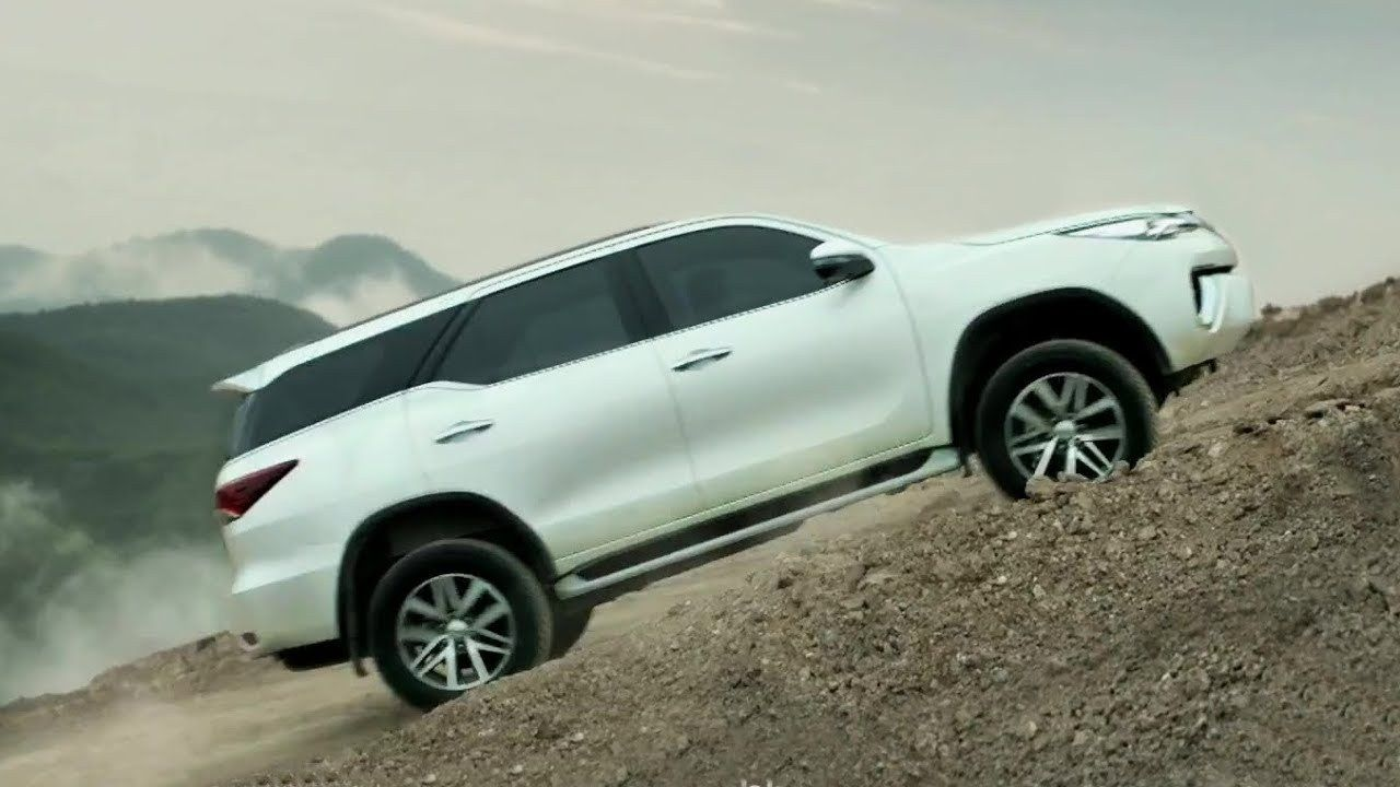 Toyota Fortuner 2019 First Drive Price Performance And Review Toyota Car Pictures