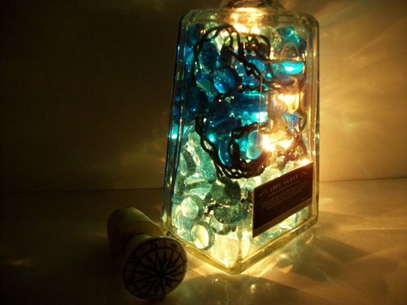 The glass bottle light adds an aurora glow of ambient light to any room, for home bar lighting or use on the deck. The liquor bottle lamp is