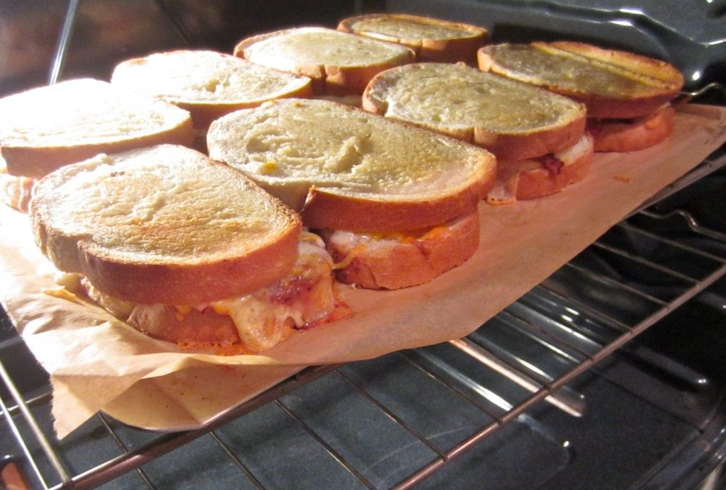 Fun Ideas For Dinner Parties Part - 29: Grilled Cheese Bar - Fun, Easy, Prep-ahead Dinner Party Idea