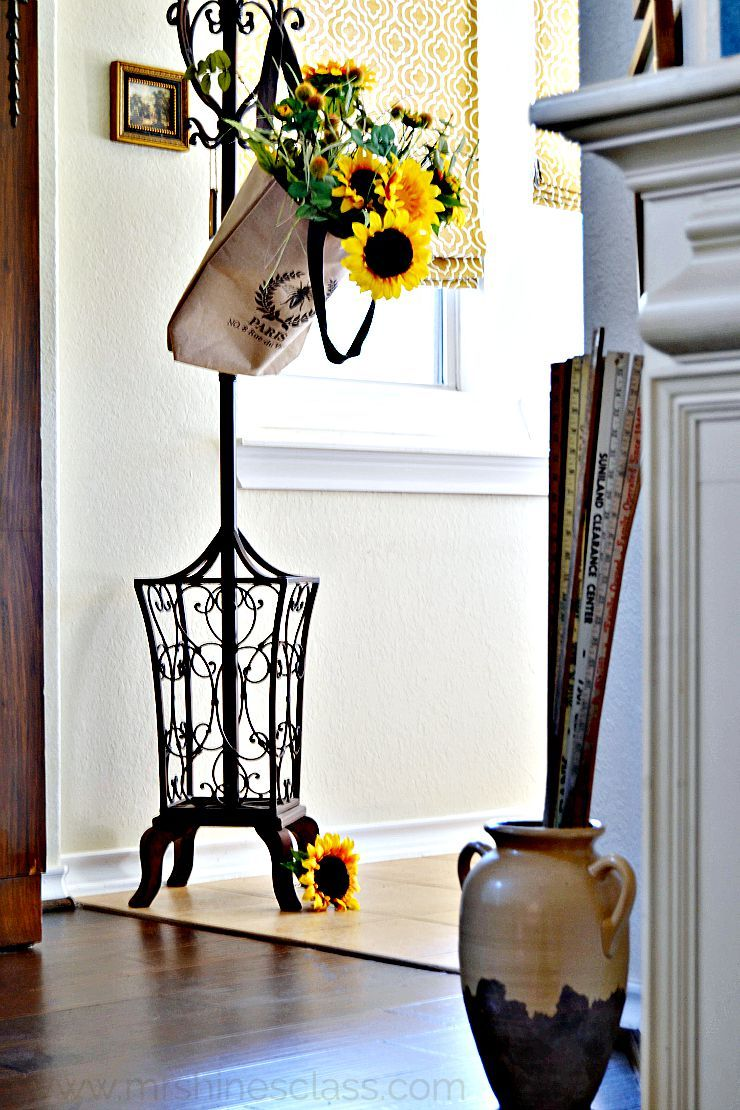 Simple Fall Decorating Ideas | Foyers, Funky junk and House beautiful