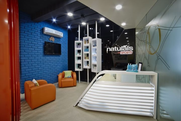 Naturals Sports Salon By Saran Associates Coimbatore India Retail Design Retail Design Blog Design