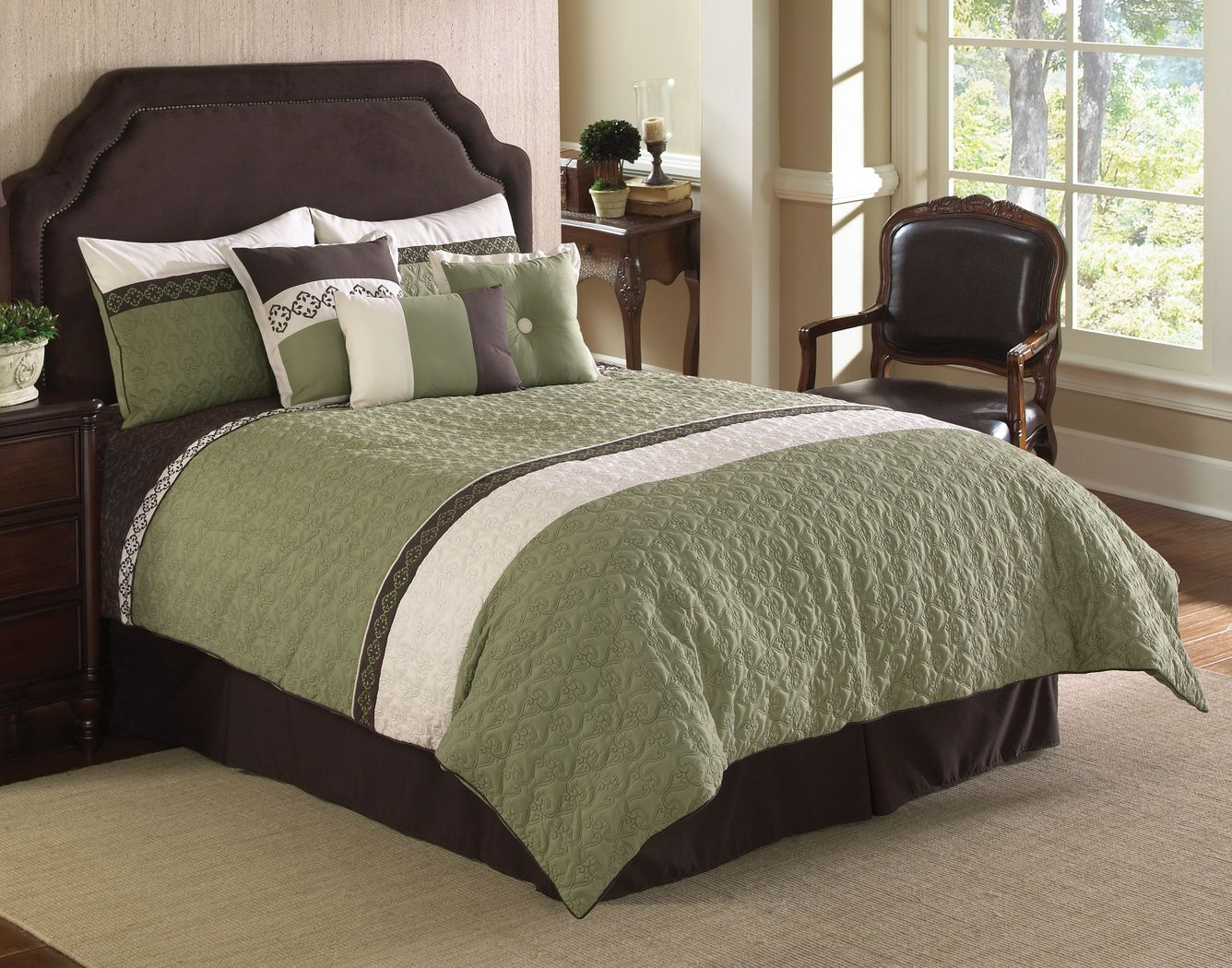 Derrien Green 7 Pc Queen Comforter Set Comforter sets