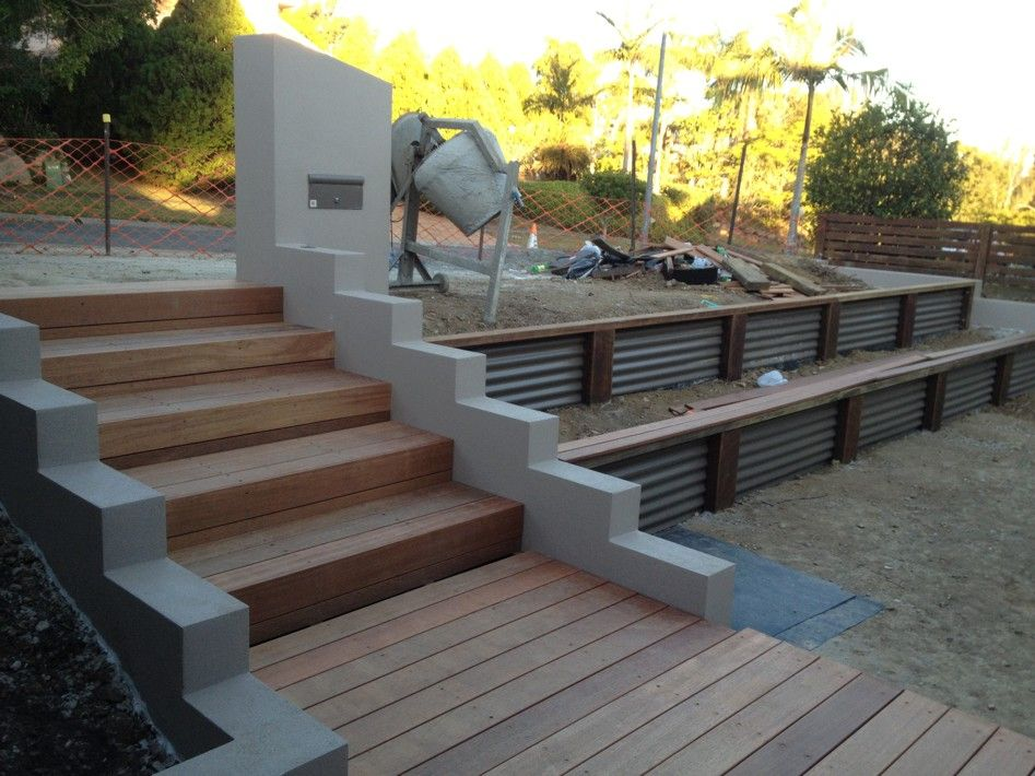corrugated retaining wall  scenic scapes landscaping